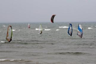 Kiters & Windsurfers (2)