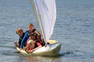 Tanner, Ryan , Liam & Ben Sailboat (2)