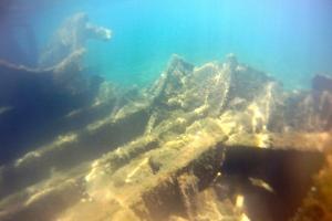 underwreck2